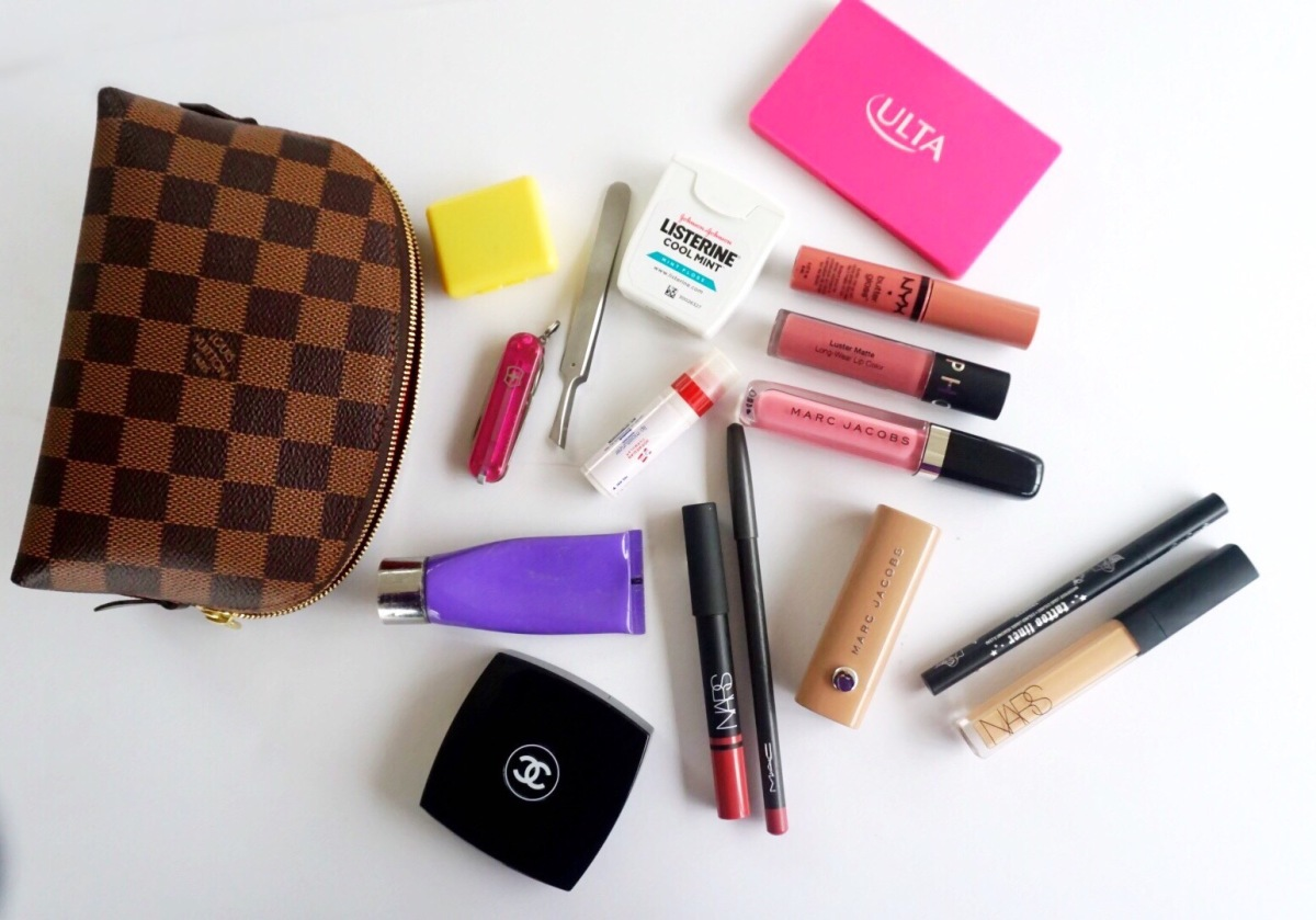 What's Inside My Makeup Bag?