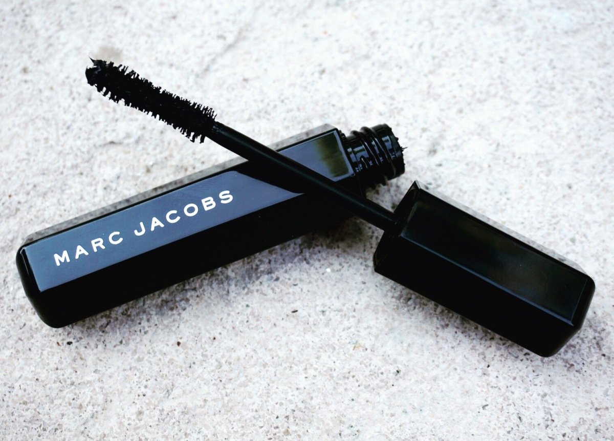 Marc Jacobs Velvet Noir Mascara Review